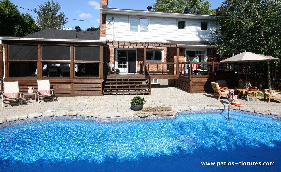 1005 Black with bleue pool